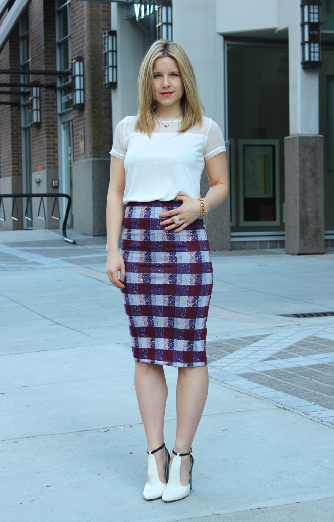 Love at first sight with this TopShop plaid skirt.
